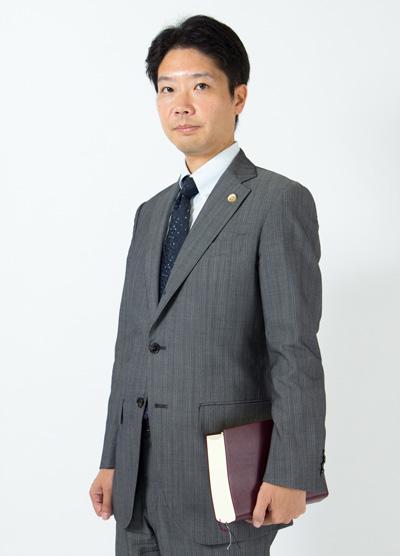 lawyer_profile01